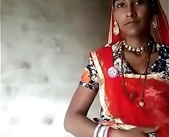 rajasthani aunty showing