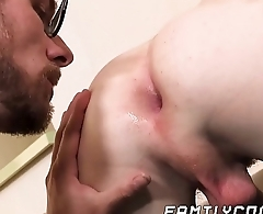 Good looking stepson receives big load in the ass from daddy