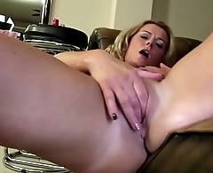Mature mom with perfect body