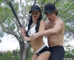 BRAZZERS - Mommy'_s Got Some Bazookas - Texas Patti &amp_ Robby Echo - Video Full online HD -&gt_ http://zo.ee/4xScz